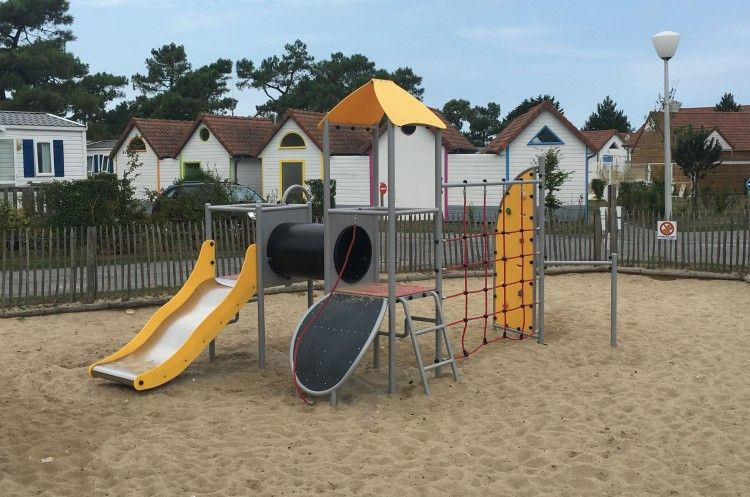 Playground Equipment Product CAMELLIA Inter Play