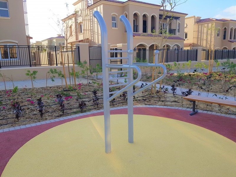 Handrails Inter Play Playground